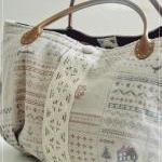 Madisyn Weekend Tote Bag (..